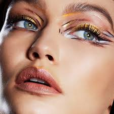 camila bravo recreates gigi hadid s makeup look maybelline new york capturing that awesome look step