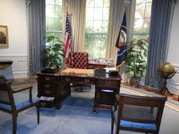 bush oval office. George Bush Presidential Library And Museum: Replica Of The Oval Office O