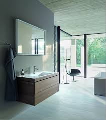 the washbasins and bathtubs range impress with reduced edges and a striking linear charm state of the art technologies used in duravit s manufacturing
