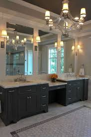 (For the Chronicle/Gary Fountain, April 27, 2012) The master bath
