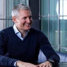 Prue Cox – Director of Marketing Solutions – LinkedIn   LinkedIn