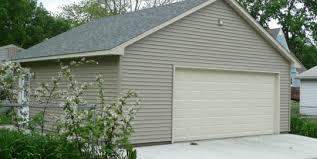 coach house garage in davenport iowa
