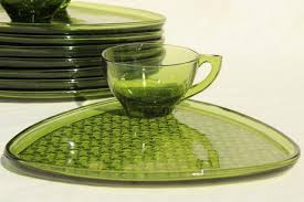 vintage green glass snack sets daisy and on triangle tray image number 7 of luncheon plates with cup holder