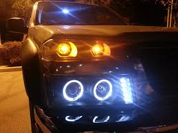 Xenon + 04-10 Chevy / GMC Colorado Angel Eye Projector Headlights ...