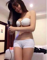 Young asian cameltoe tube