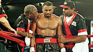 On This Day: Oliver McCall suffers mental breakdown during rematch with  Lennox Lewis - Boxing News