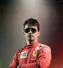 Ferrari:berluti y ferrari fusionan elegancia y velocidad en una colección de edición limitada.este gadget de ferrari no es una simple funda para el. Ray Ban Coleccion Scuderia Ferrari Ray Ban Mexico