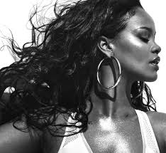Rihannas Vogue Cover The Singer On Body Image Turning 30 And