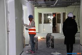 У строителей сахалинского перинатального центра наступает  Отправляемся по современному оборудованному по последнему слову техники учреждению по широким этажам и длинным коридорам чтобы прочувствовать как минимум