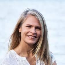 Suzanne Smith, Ph.D. - Lakefront Psychology