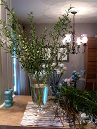 most people are intimidated by floral arranging but i love it iu0027m not a pro really do enjoy and have learned to turn out some fun arrangements large flower y3