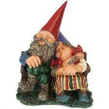 amazon sunnydaze garden gnome couple al and anita on bench outdoor lawn statue 8 inch tall garden outdoor