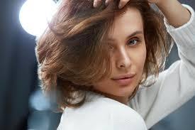 أجمل تسريحات الشعر القصير إختاري ما يناسبك من بين أكثر من