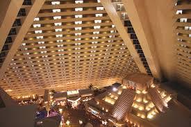 inside the luxor hotel pyramid