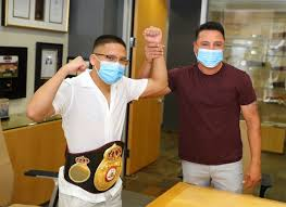 Photos: Joshua Franco Presented With WBA Belt By <b>Oscar De La</b> ...