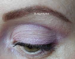 eotd with wet n wild loose pigments pegs flutter and mythical dreams eyeshadows be happy