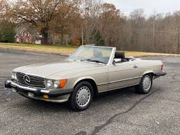 This is the biggest engine offered for the third generation models. 1987 Mercedes Benz 560 Series Vintage Planet