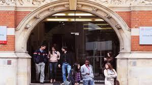 into city university of london students outside into city university london