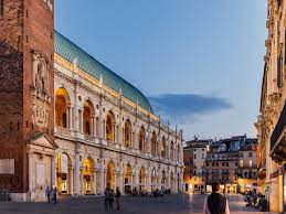 Vicenza What To Do And What To Eat #1 Guide