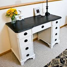 Love this desk. It looks a Lot like my grandmother's sewing desk. | Crafts  | Pinterest | Sewing desk, Desks and Paint furniture