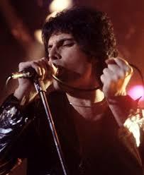 Nov 01, 2018 · freddie mercury at the 1990 brit awards | credit: Freddie Mercury Biografie Who S Who