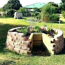 Keyhole Garden Design Classy African Keyhole Garden Design Winter Sowing And A Grow With Me In My