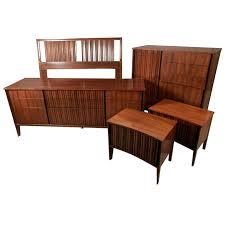 Mid-Century Modern American Bedroom Set By Unagusta 1