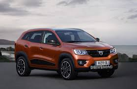 2018 renault duster. wonderful 2018 2018 dacia duster will grow to offer sevenseat version adopt less  utilitarian looks to renault duster