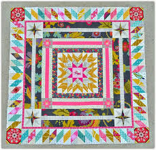 75 best QUILTS---MEDALLION images on Pinterest | Basket, Blanket ... & Love the outer diamond border. travelling medallion quilt by sewing sisters  uphome Adamdwight.com