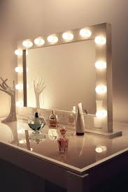 Mirror With Light Light Bulb Vanity Mirror With Light Bulbs Around It  Roomvanity