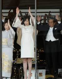 昭恵 夫人 ドレス コード