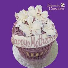 Giant Cupcake Mothers Day Johnnie Cupcakes