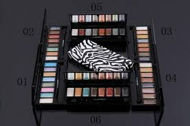mac 8 color eyeshadow brush 2 free mac makeup sles clic fashion trend