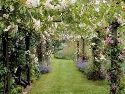 Photo Page  HGTVRomantic Cottage Gardens