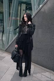 faiiint outfit layered wolf fashion blogger stephanie of faiiint wearing rick owens draped back cropped leather jacket fw10