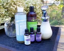 homemade diy foaming hand soap recipe using castile soap castor oil and thyme lavender