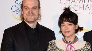 Lily Allen en David Harbour willen ...