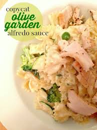this copycat olive garden alfredo sauce is rich flavorful creamy and tastes just