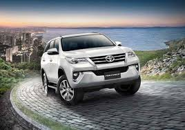 2018 toyota models. 2018 toyota fortuner gets refreshed 4wd for 24l models f