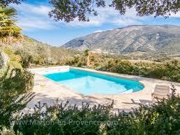 la piscine de la location de vacances villa à mollans sur ouvèze drôme