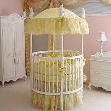 round crib bedding pattern