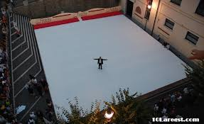 biggest bed size in the world. Delighful Bed Largest Bed Size For Biggest In The World 10Largest