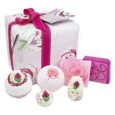 Женский аромат розы Банные наборы и комплекты - огромный ...