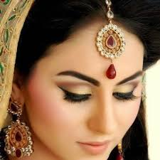 indian wedding bridal make up artist charges get bridal make up in reasonable best make up in india best make up in delhi the pearl of make