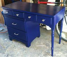 navy blue desk. A Navy #blue #desk Redo! #DIY @Thrifty Decor Chick | Getting Crafty \u0026 DIY Pinterest Desk Redo, Desks And Thrifty Blue