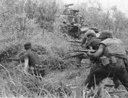 an essay on vietnam war make it a good one thepensters com writing viernam war essay vietnam
