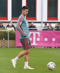 File:James Rodriguez Training 2019-04-10 FC Bayern Muenchen-1.jpg -  Wikimedia Commons