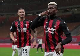 VÍDEO: Rafael Leão bisa na vitória do Milan