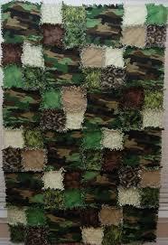 Best 25+ Camo quilt ideas on Pinterest   Girls rag quilt, Real ... & camo quilts   Has anyone seen my quilt? Adamdwight.com
