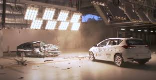 1998 vs 2015 Toyota Corolla crash test is a testament to modern ...